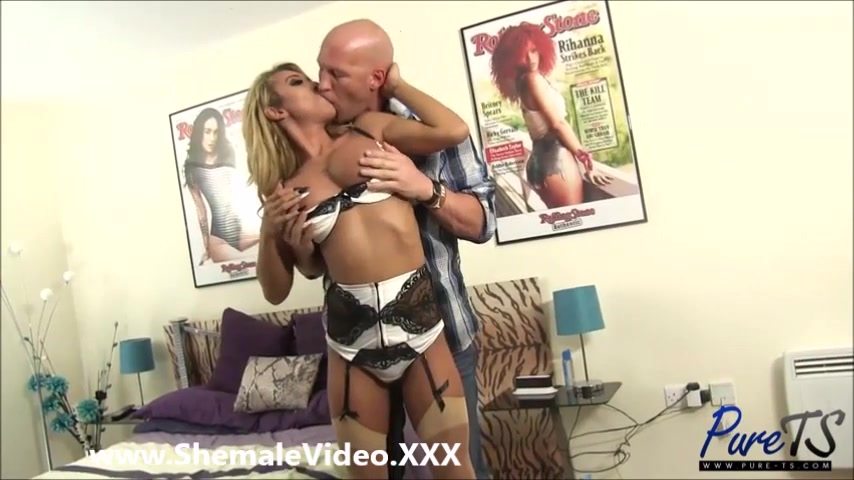 Shemale Sucked And Fucked 108