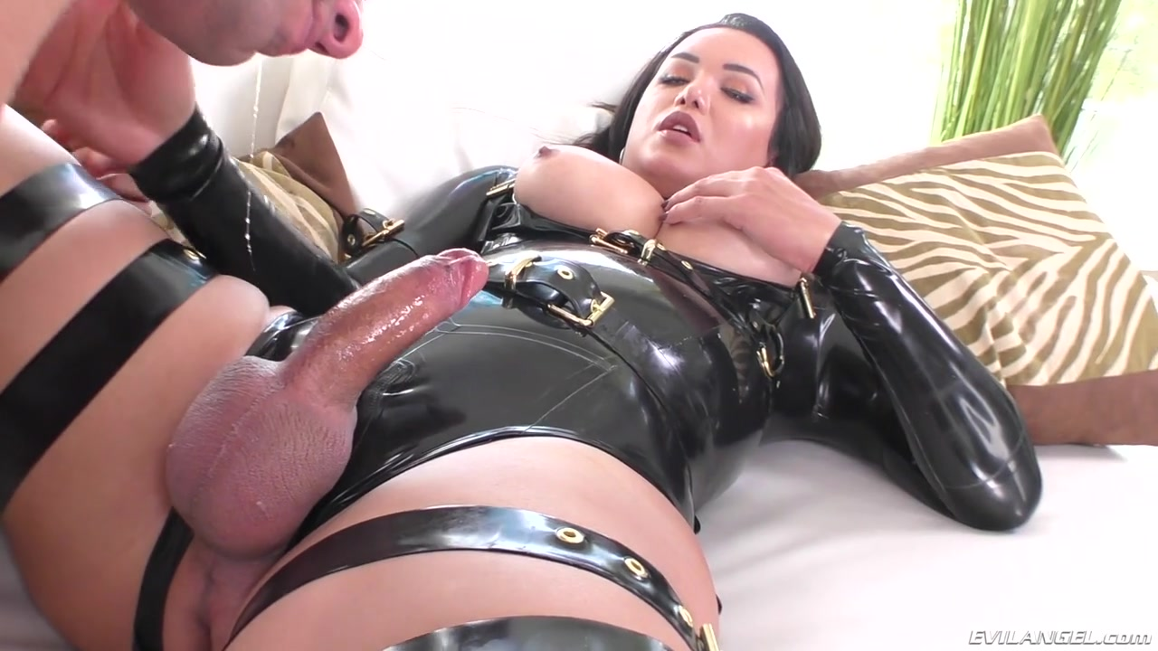 Latex tranny big dick