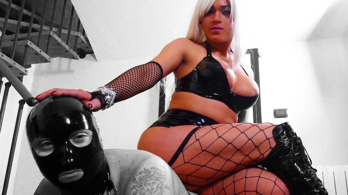 The best shemale domination with camilla jolie