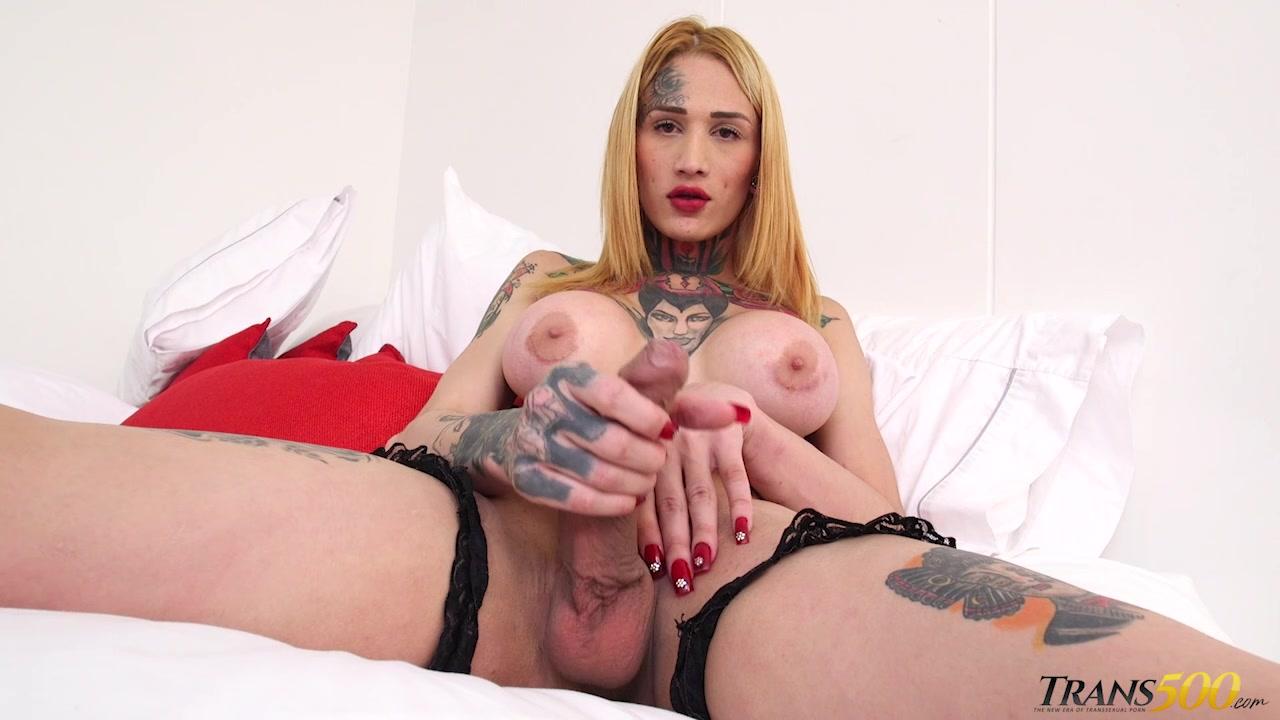 Slim Tattooed Brunette Latina Tgirl Jerking Off Her Horse Cock